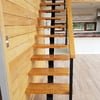 Fabricar e instalar estructura de techumbre, cobertizo, escaleras de escape y antepechos metalicos