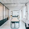 Casa con piso de resina
