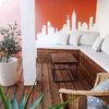 Terraza con banco de madera