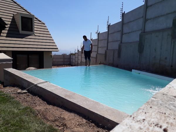 Cu nto cuesta construir una piscina de diamond bride habitissimo - Cuanto cuesta construir una piscina ...