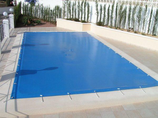 ¿Qué precios tendrían las diferentes cubiertas de piscina?