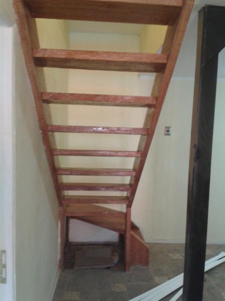 Cu l es el costo de este tipo de escalera habitissimo - Precios de escaleras de madera para casas ...