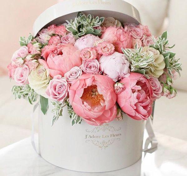 ¿cuánto cuesta un adorno de flores como el de la foto?