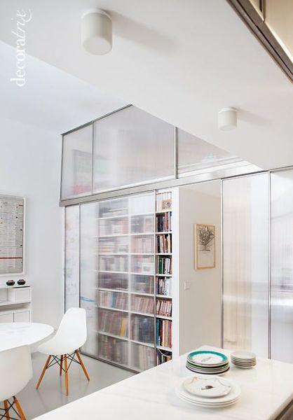 ¿Es factible hacer un mueble de policarbonato para el baño?
