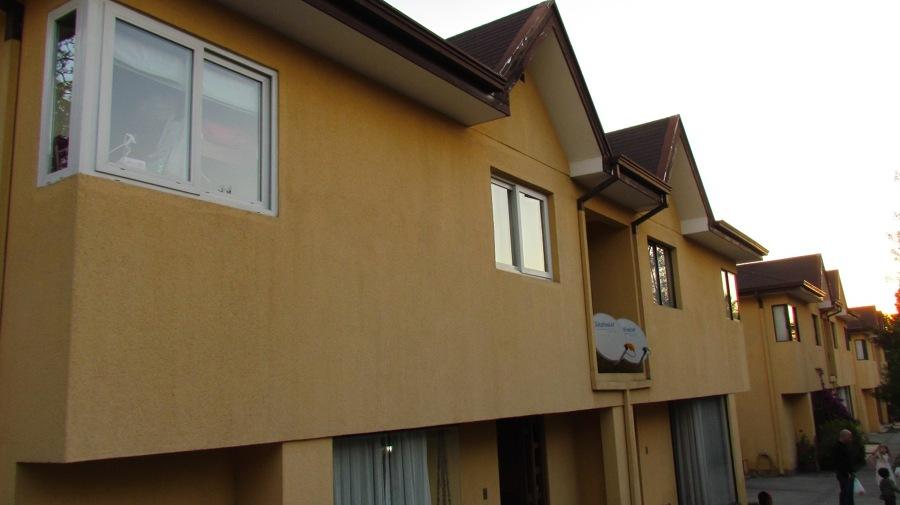 Pintar exterior 7 casas en condominio 120 m2 aprox por casa la reina regi n metropolitana for Pintar casa exterior