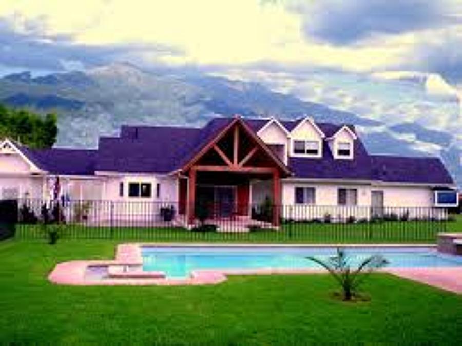 Quiero costruir una casa de dos pisos de 140 m2 aprox for Costo de una alberca en casa