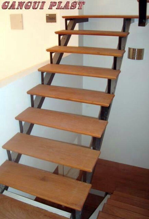 Hacer una escalera de fierro y madera osorno regi n x for Escalera electricista madera