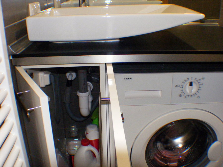 Remodelacion ba o para habilitacion de lavadora santiago for Mueble lavadora