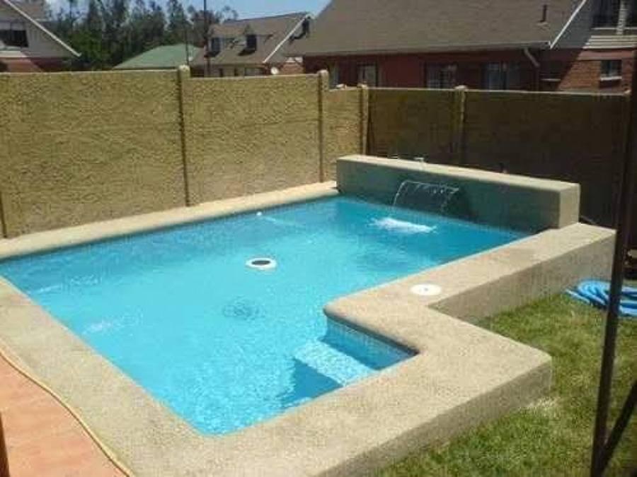Piscina casa larapintga lampa regi n metropolitana for Materiales de construccion piscinas