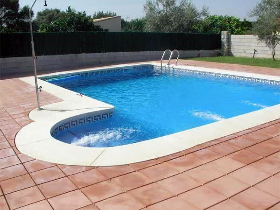 Construcci n de piscina la reina regi n metropolitana for Construccion de piscinas en santiago