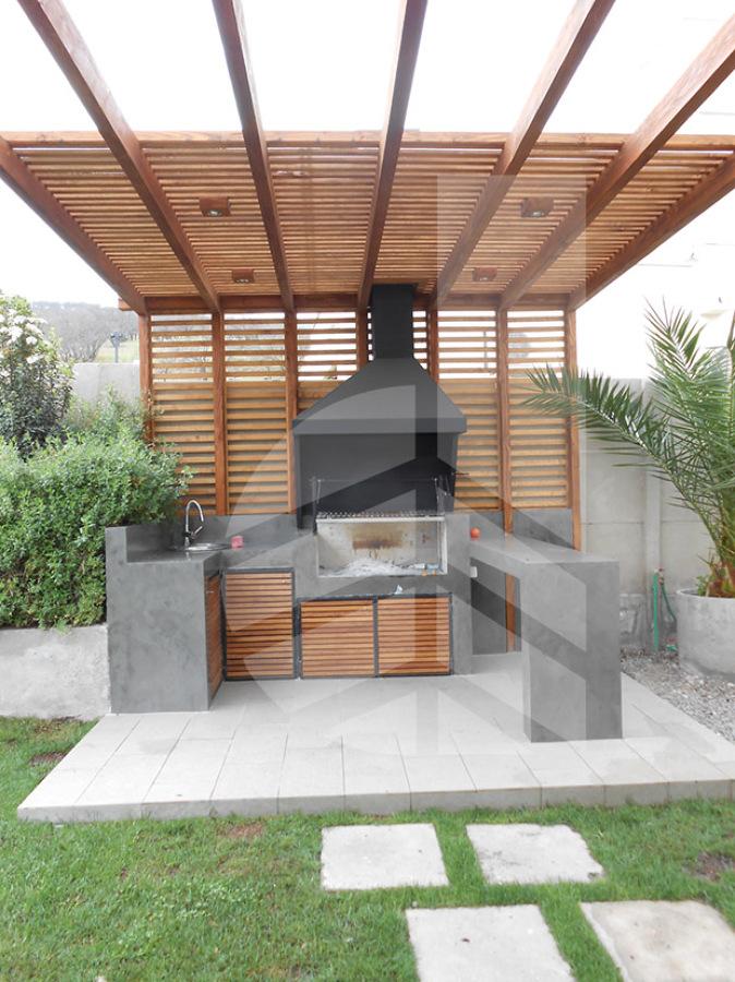 Construcci n de terraza de 580 cm x 400 cm frente a mall for Ideas para hacer una terraza