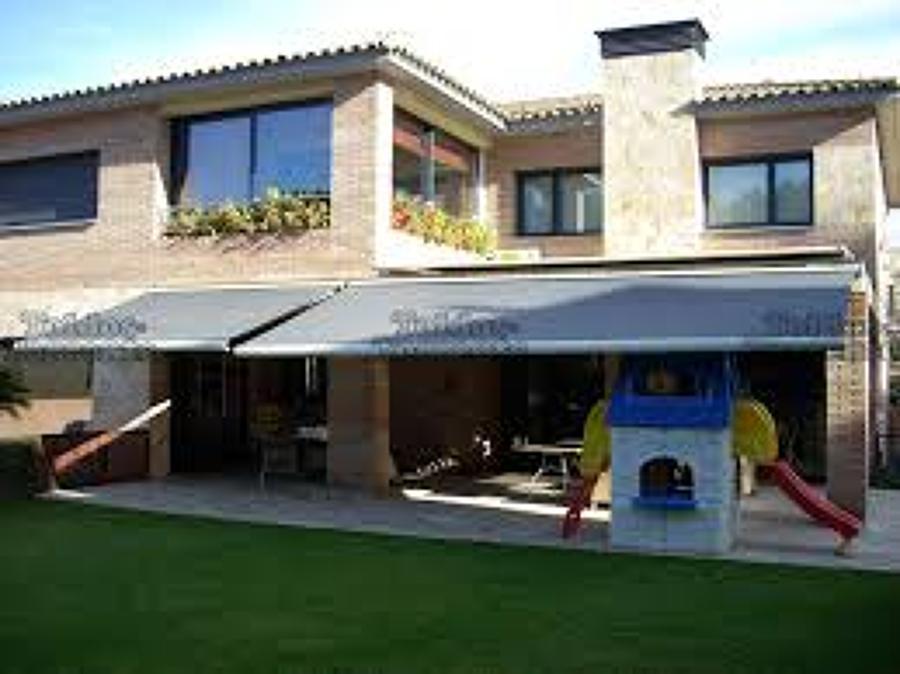 Construcci n de un cobertizo para terrazas 6 de largo por 3de hancho y la otra de 5 de largo - Precios de toldos para terrazas ...
