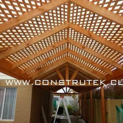 Cobertizo madera y policarbonato paradero 34 vicu a for Cobertizo de madera tratada