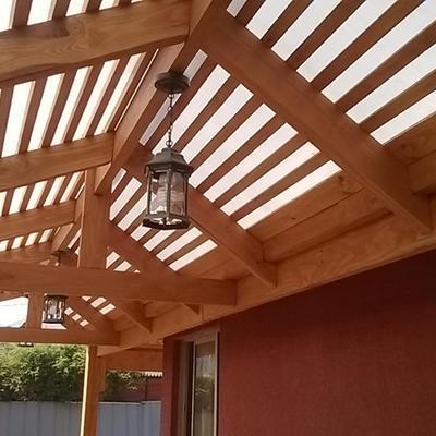 Cobertizo madera y policarbonato paradero 34 vicu a for Precios de cobertizos
