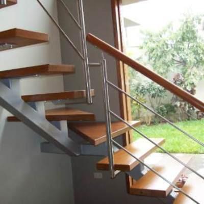 Construccion de escalera interior casa maip regi n for Construccion de escaleras interiores