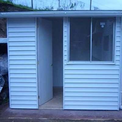 Compra e instalaci n de dos piezas prefabricadas para for Habitaciones prefabricadas precios