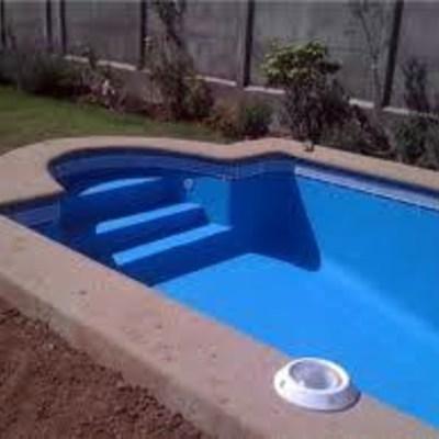 Presupuesto de piscina en fibras de vidrio la serena for Costo de construir una piscina