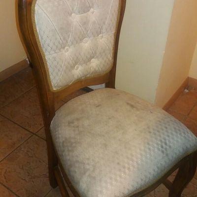 Tapizar sillas y barnizar mesa san miguel regi n for Tapizar sillas precio