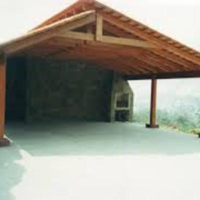 Realizar un cobertizo de auto 4 6x3 8 de madera y tejas for Modelos techos para garage