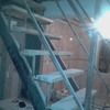 Reemplazar o re modelar una escalera metálica hacia segundo piso casa habitación.