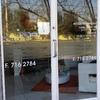 Reparar urgente puerta de entrada grande de aluminio