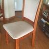 Restauración de tres sillas de comedor