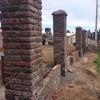 Trabajo de albañilería para instalcion de reja, 65 mts lineales aprox